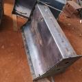 現澆隔離鋼墩模具的使用壽命與性能特點