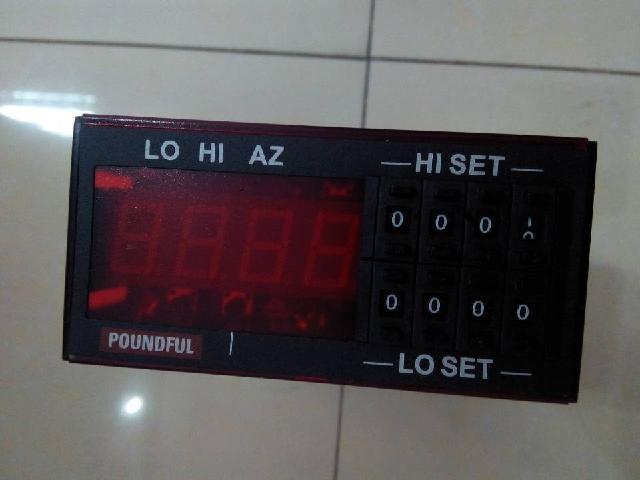 供应ec3-119带辅助继电器的单点双输出温控