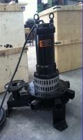 離心式潛水曝氣機曝氣效果、污水處理曝氣機,QXB
