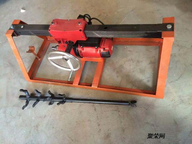 1使用前先检查水钻顶管机线路是否接好,是否漏电或电缆划伤