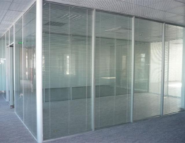 手机验证白云路安装玻璃隔断制作磨砂玻璃隔断办公隔断