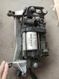 保時捷卡宴帕拉美娜大眾途銳奧迪A6A8Q7打氣泵 減