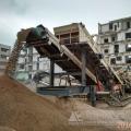 湖北襄陽移動式破碎設備大用場 建筑垃圾消納場必備神器