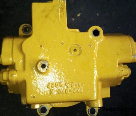卡特318挖掘机液压泵提升器