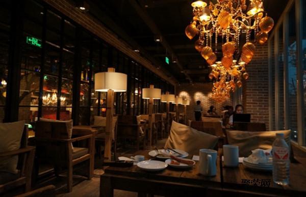 成都咖啡厅设计装修怎样吸引顾客?