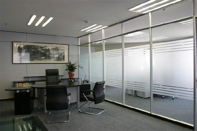 肯德基卫生间门隔断效果图-天津设计安装玻璃隔断 肯德基门 麦当劳门