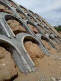 水泥拱形骨架模具的清理方式對壽命時長的影響