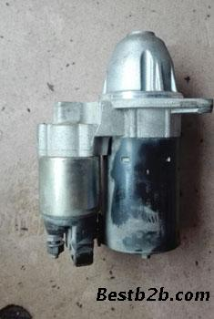 宝马e60n52启动马达 发动机波箱 发电机 尾灯 缸盖 前