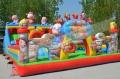 游樂場設備小孩玩的充氣城堡