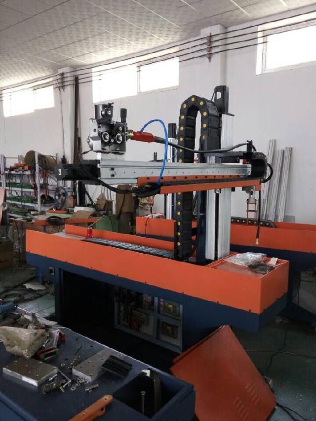 临清市自动焊接设备四轴焊机数控焊接机器人瑞辰自动焊机焊接机器