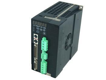 再通过三相正弦pwm电压型逆变器变频来驱动三相永磁式同步交流伺服