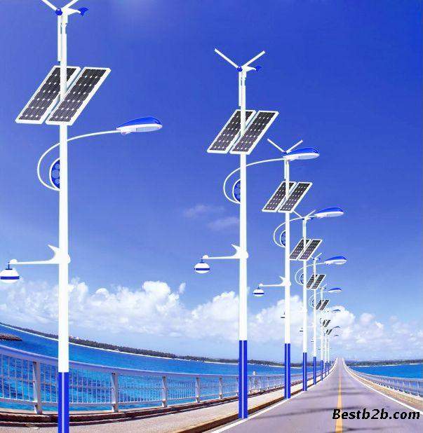 供应呼和浩特5米太阳能路灯,6米太阳能风光互补路灯图片