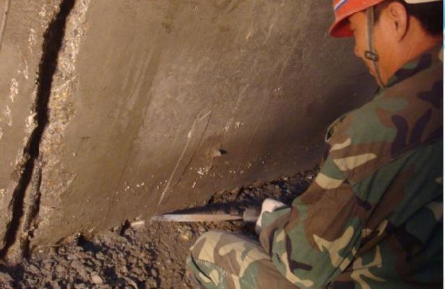 冷却塔外壁,凉水塔外壁防腐堵漏维修施工