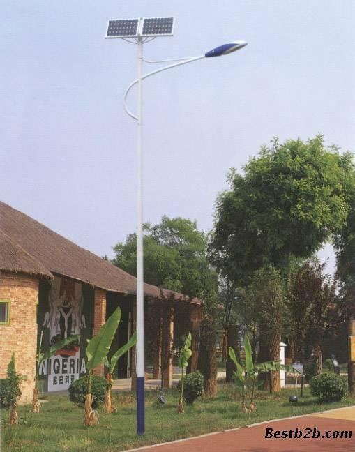 湖南益阳太阳能路灯厂家 太阳能路灯安装细节