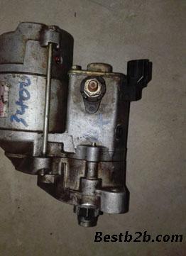 老吉普213带分电器点火电路图