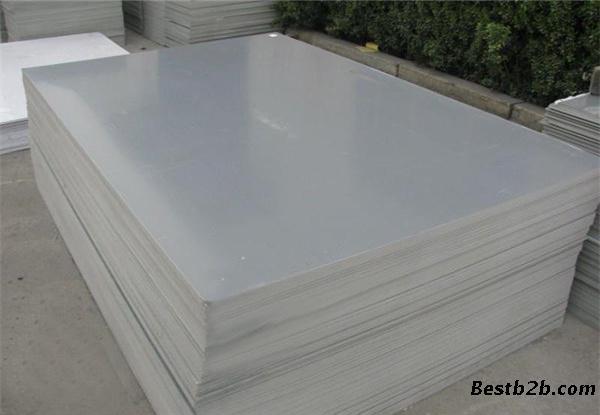 对于盐类亦相当稳定;    硬聚氯乙烯板材是聚氯乙烯树脂加入稳定剂为