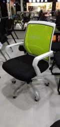 供應各種辦公椅 職員轉椅 電腦椅等 款式多送貨安裝快