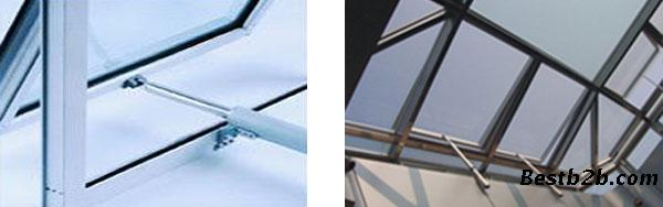 消防排烟天窗的工作原理是:利用烟雾传感器探测信号,传送至控制器