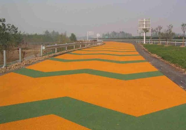 兴平彩色沥青打造七彩亮丽高速公路