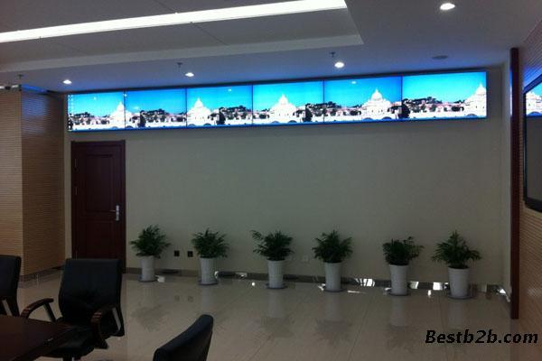 2015新疆乌鲁木齐机场塔台调度显示高清液晶拼接屏