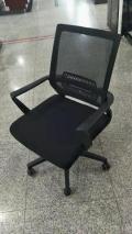 供應各種辦公椅 職員轉椅 電腦轉椅等 款多價優