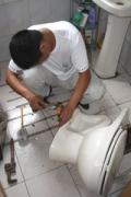 太原桥东街维修马桶水箱漏水安装晾衣架热水器马桶打孔