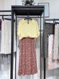 低价处理女装连衣裙一万件男女T恤品牌剪标尾货